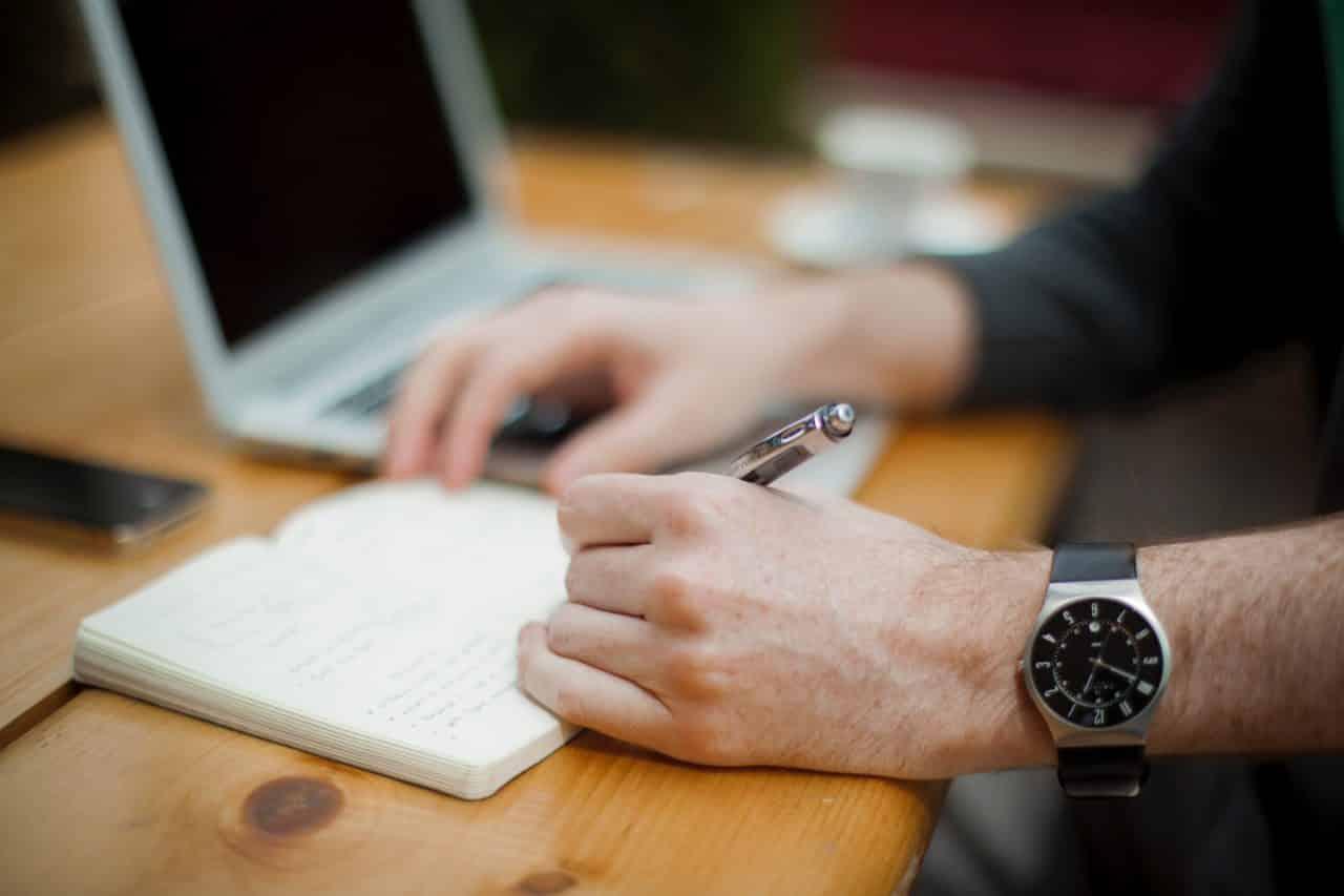 Application de la naturopathie dans le bien-être et l'estime de soi au travail