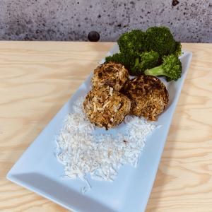 Commandez repas prêt à manger végétarien, boulettes de patates douces à la noix de coco