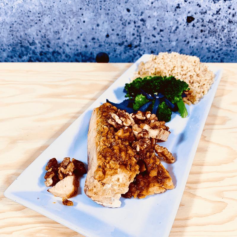 Commandez repas prêt à manger, saumon en croûte au noix de Grenoble