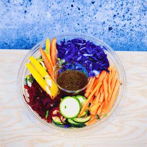 Commandez salade-repas, prêt à manger aux saveurs du moment