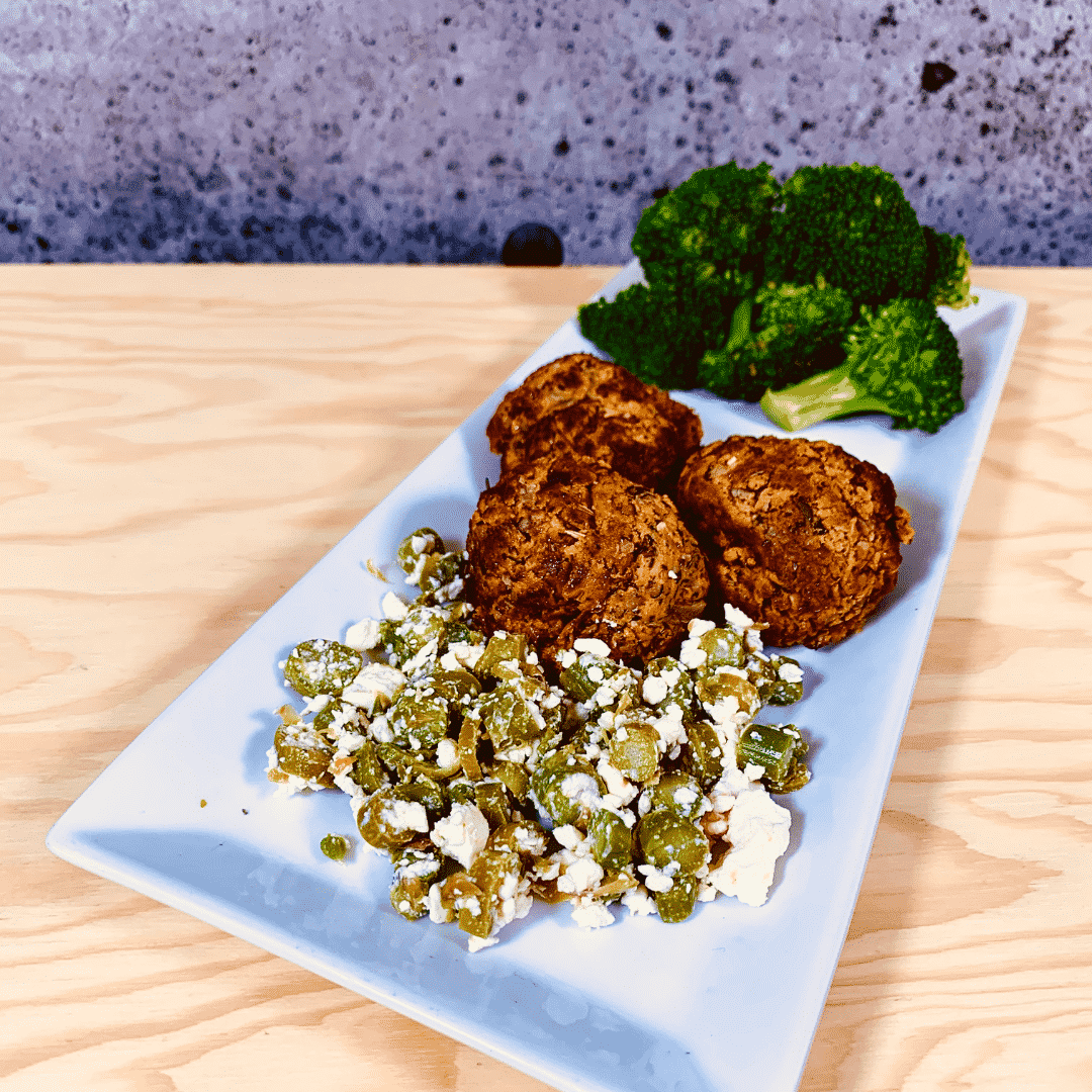 Commandez repas prêt à manger boulettes de patates douce olives feta
