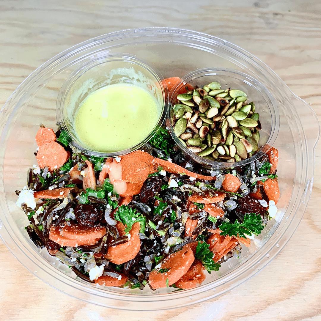 commandez salade-repas prêt à manger, carottes, noix, feta